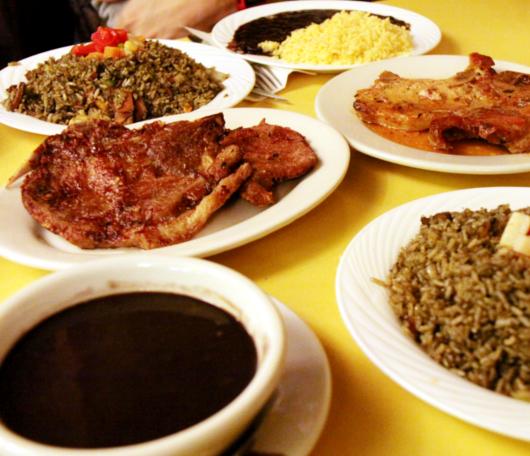 """NYで南米を食べる-豆屋こと""""LA TAZA DE ORO""""_b0007805_157068.jpg"""