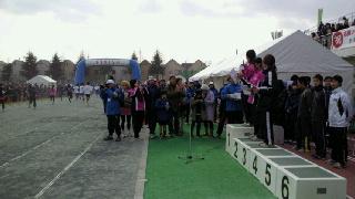マラソン会場は今年もおもしろい!_d0110911_10231160.jpg