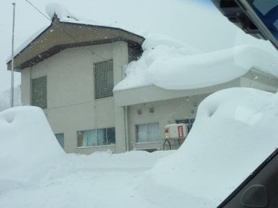 議会有志で鳥海の豪雪状況視察_b0084826_15111286.jpg