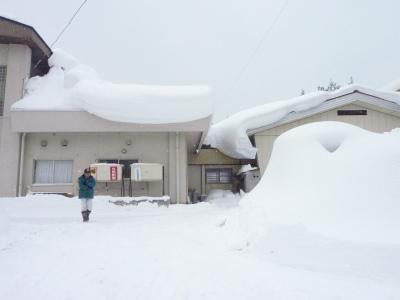 議会有志で鳥海の豪雪状況視察_b0084826_15112867.jpg