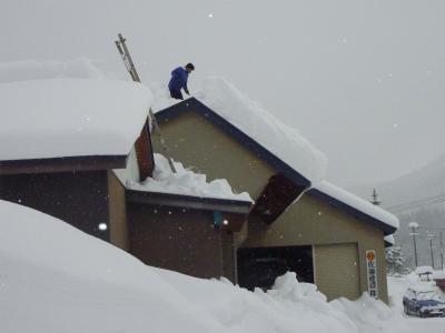 豪雪二週間以上降り続く_b0084826_8102548.jpg