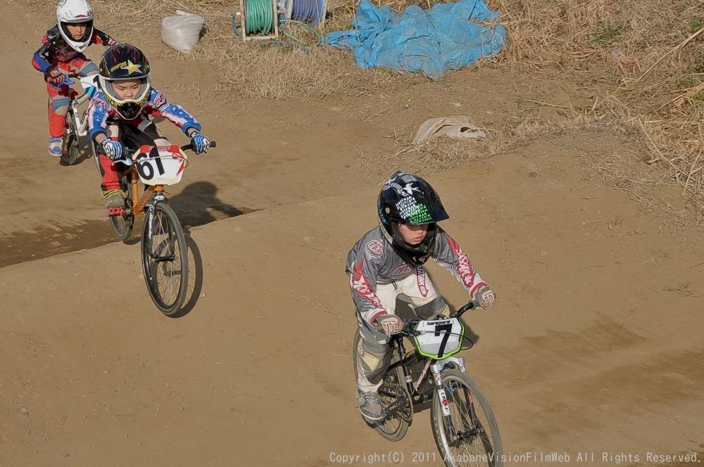 2011JOSF緑山オープニングレース(1月定期戦)VOL7:ミルキー6.7決勝_b0065730_2142384.jpg
