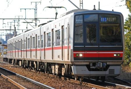 路線を漂う ~銀の電車に乗り込んで~_c0185241_0501399.jpg