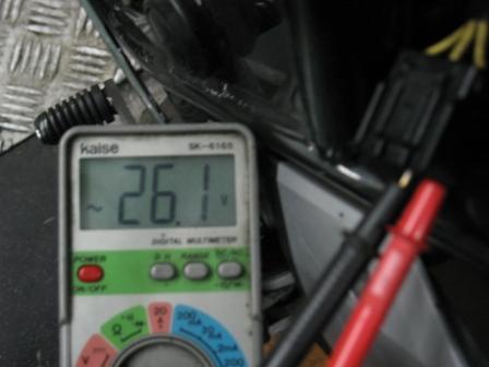 CB400Revo バッテリー上がり_e0114857_0050100.jpg