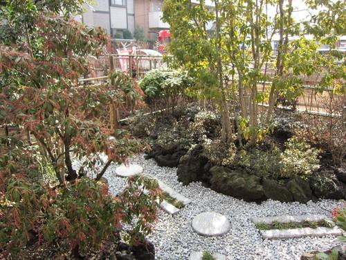 お庭造り 完成!_b0200291_19362978.jpg