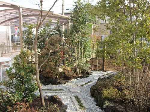 お庭造り 完成!_b0200291_1944869.jpg