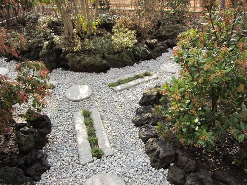 お庭造り 完成!_b0200291_19525116.jpg