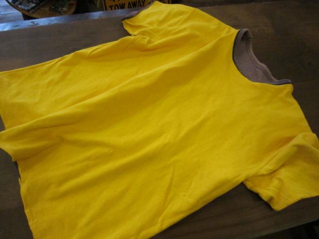 季節はずれのTシャツ 上玉カレッジ2枚!_a0182112_15243397.jpg
