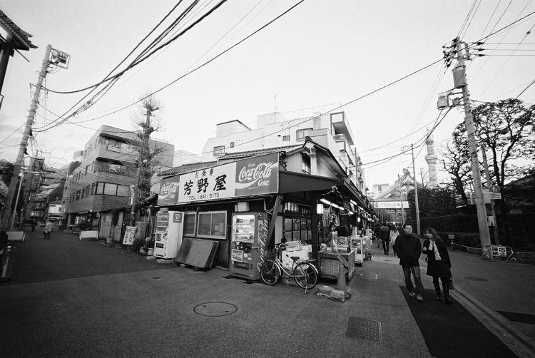 東京散歩 スカイツリーのある風景 B_c0181552_18471426.jpg