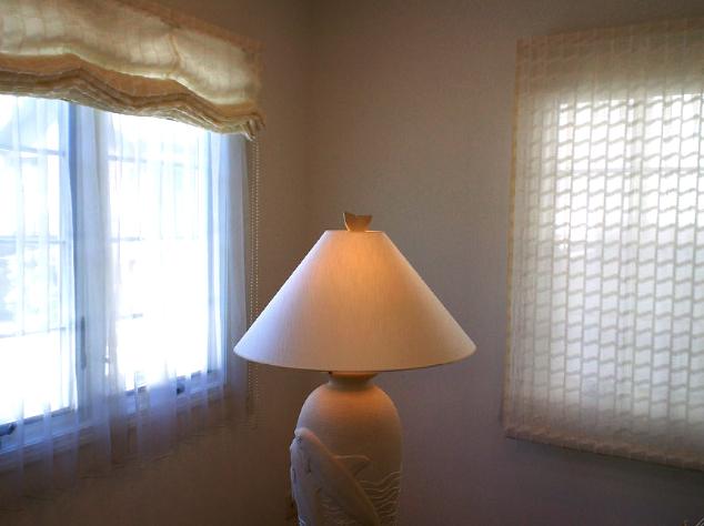 素敵なランプシェードを張り替えました。_c0157866_13461917.jpg