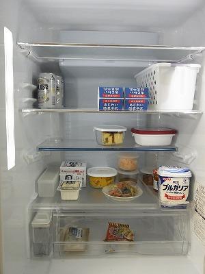 冷蔵庫の収納 【BEFORE】_c0199166_23332214.jpg
