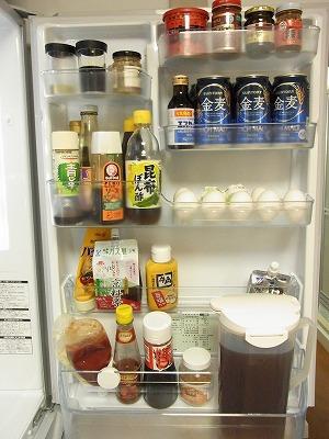 冷蔵庫の収納 【BEFORE】_c0199166_23342338.jpg
