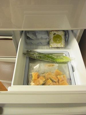 冷蔵庫の収納 【BEFORE】_c0199166_23375188.jpg