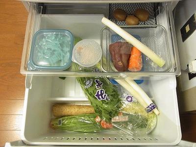 冷蔵庫の収納 【BEFORE】_c0199166_23405371.jpg