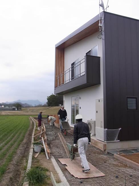 K邸スロープ外構工事コン打ち_b0186200_005357.jpg