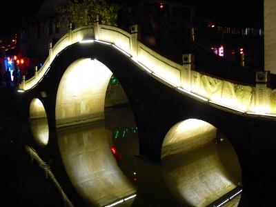 中国出張2010年12月-週末旅行-第一日目-西塘鎮(I) 素敵な夜の景色と夕食_c0153302_23545864.jpg