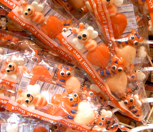 バレンタイン前のNYにあるお菓子の国、ディランズ・キャンディー・バー(Dylan\'s Candy Bar)_b0007805_22161573.jpg