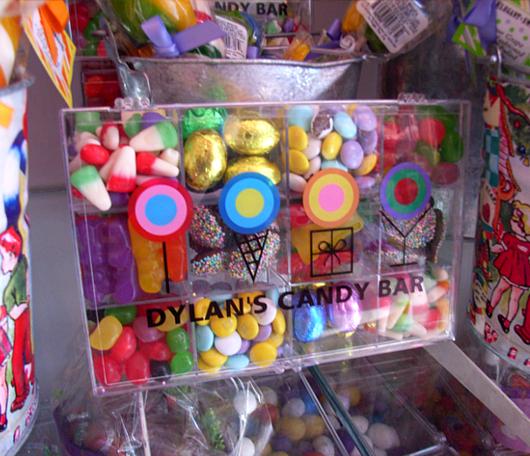 お洒落なお菓子の国 Dylan\'s Candy Bar_b0007805_22585035.jpg