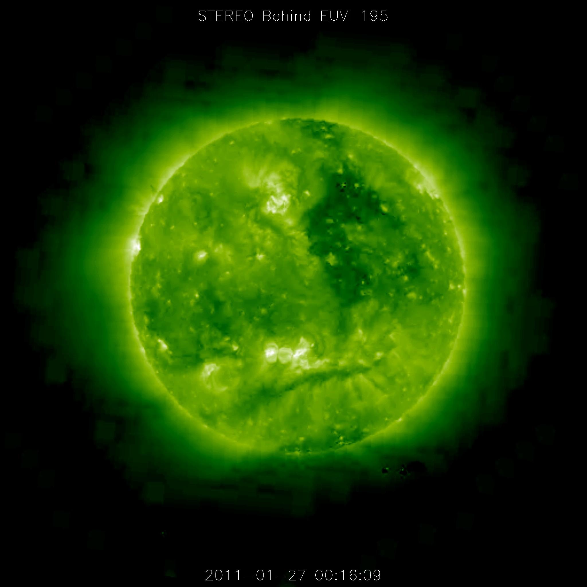 やつらがまたやって来た!:太陽を周回する謎の巨大物体たち_e0171614_21452442.jpg