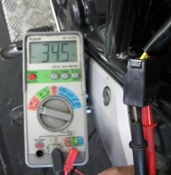 CB400SF Revo バッテリー上がり2_e0114857_19561476.jpg