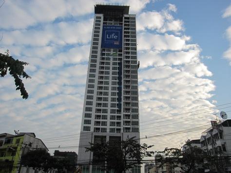 タイランドでの創業日記―1_b0100062_22165343.jpg