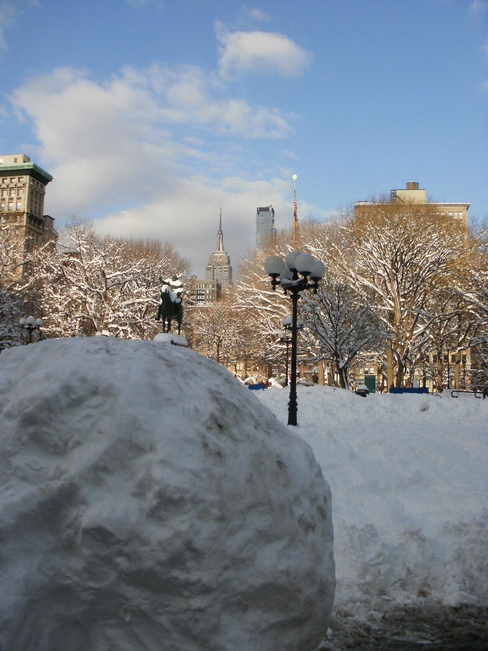 大雪の風景と陶芸作品_f0095325_14411770.jpg