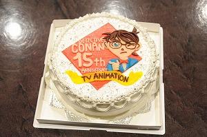あの大人気アニメのアフレコ現場に、話題のコラボを果たしたアーティストがサプライズ訪問!_e0025035_311894.jpg