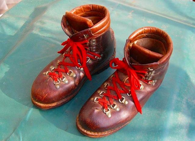 古くから登山靴のベンツと ...