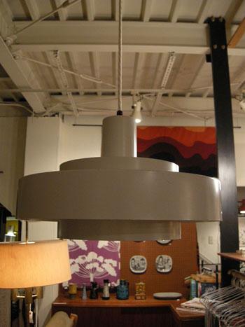 Pendant lamp (DENMARK)_c0139773_18181490.jpg