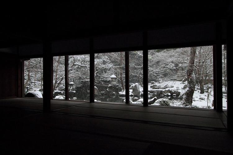 雪の蓮華寺_e0051888_21111346.jpg