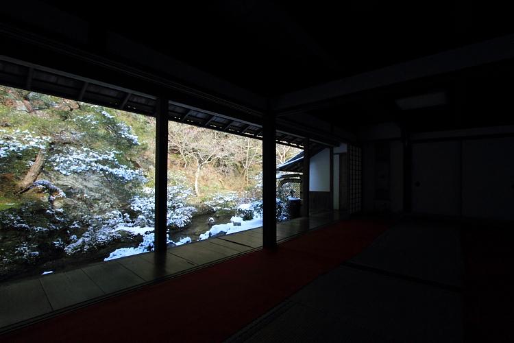 雪の蓮華寺_e0051888_2173422.jpg