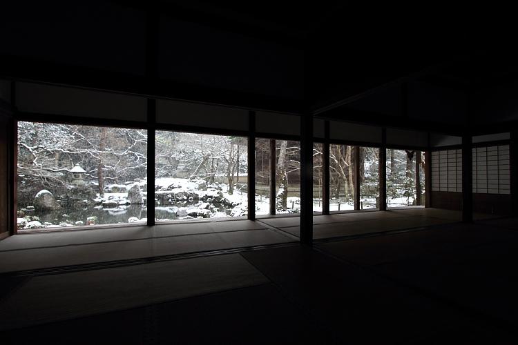雪の蓮華寺_e0051888_2182511.jpg