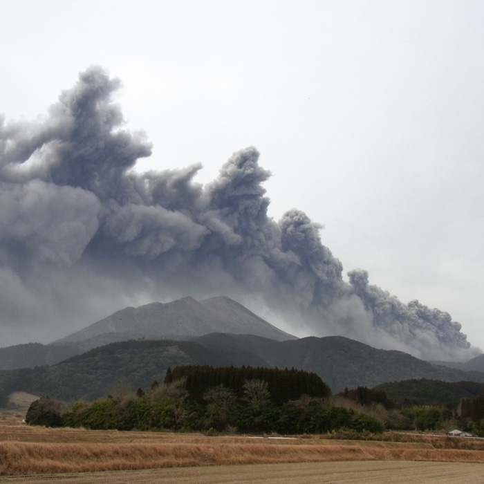美しき山 by CX2 & DSC-R1_c0049299_18143947.jpg