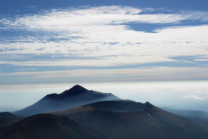 美しき山 by CX2 & DSC-R1_c0049299_18351347.jpg