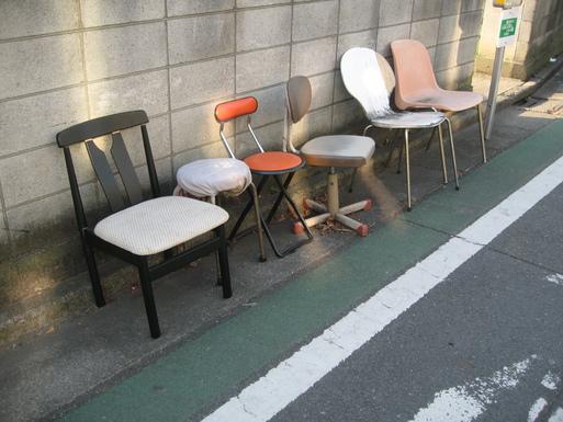 椅子_c0136932_1891262.jpg
