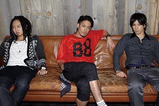 「BLEACH」新EDテーマ、 ROOKiEZ is PUNK'D(ルーキース・イズ・パンクト)3rdシングル「Song for...」_e0025035_14481430.jpg