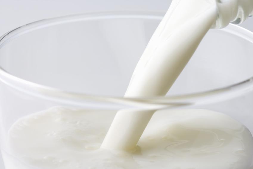 「牛乳写真フリー」の画像検索結果