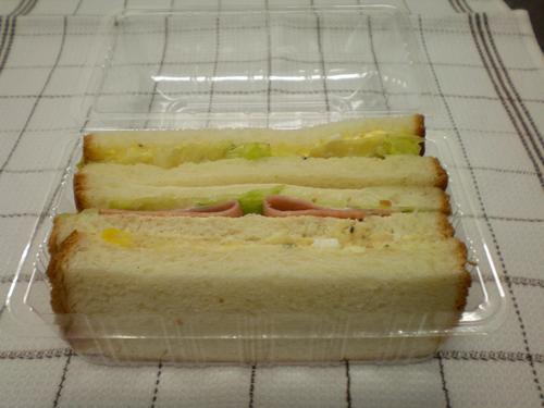 サンドイッチ始めました_c0172969_16454873.jpg