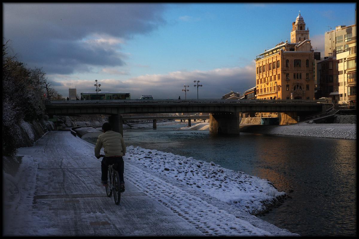 雪景色 <四条大橋>_f0021869_23193385.jpg