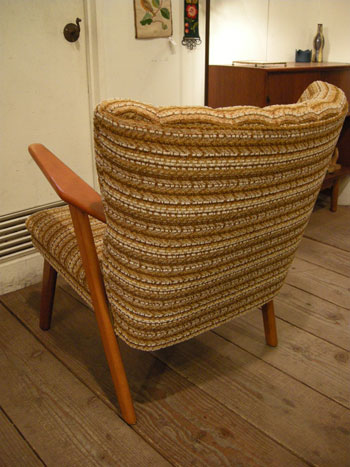 Easy Chair (DENMARK)_c0139773_19154094.jpg