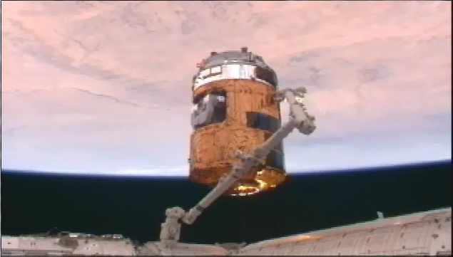 2号機も順調 「こうのとり(HTV)」、ISSへ到着_f0079085_22584591.jpg