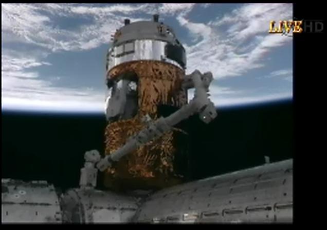 2号機も順調 「こうのとり(HTV)」、ISSへ到着_f0079085_23181698.jpg