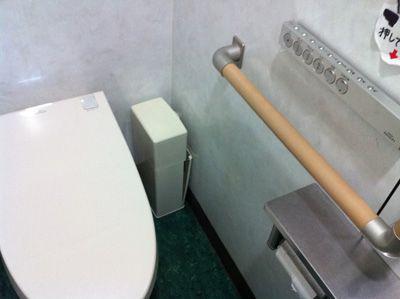 コンビニのトイレ_a0049695_10462755.jpg