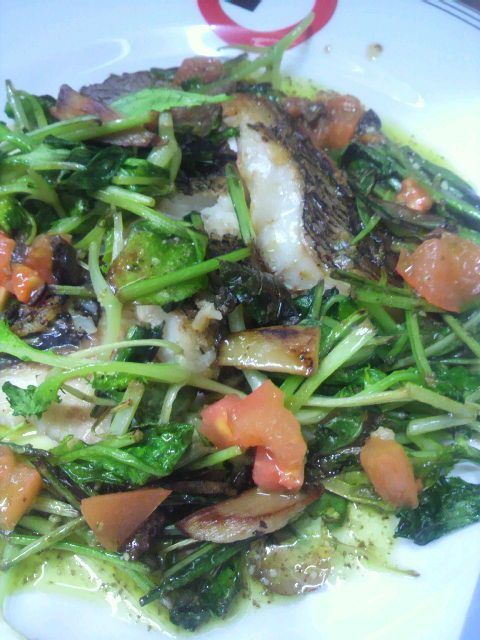 今日のお魚料理_e0183396_22451896.jpg