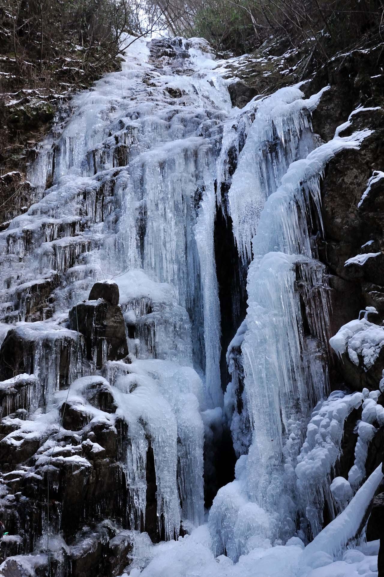 七曲滝の氷結_c0129047_23133796.jpg