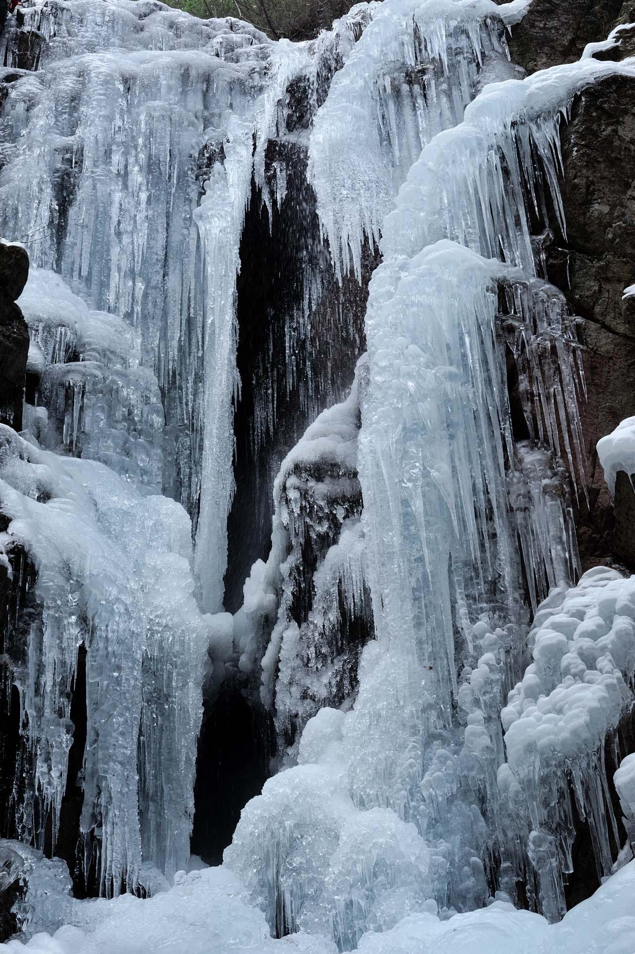 七曲滝の氷結_c0129047_23135598.jpg