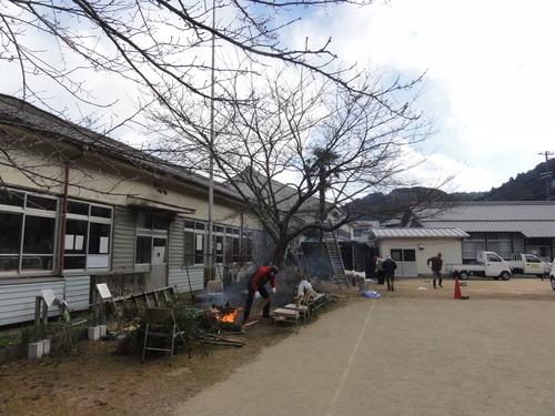 岬の歴史館事前説明会&孝子小学校校庭清掃_c0108460_2071185.jpg