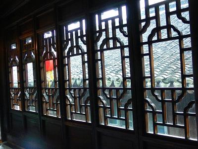 中国出張2010年12月-週末旅行-第二日目-西塘鎮(III) 釦博物館、張正根彫芸術館、路地_c0153302_15585599.jpg