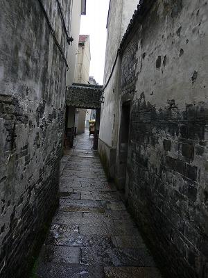 中国出張2010年12月-週末旅行-第二日目-西塘鎮(III) 釦博物館、張正根彫芸術館、路地_c0153302_1613245.jpg
