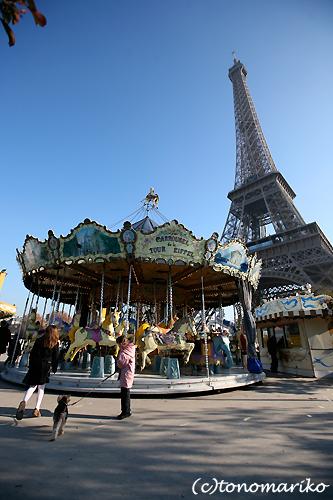 パリのメリーゴーランド_c0024345_2119344.jpg